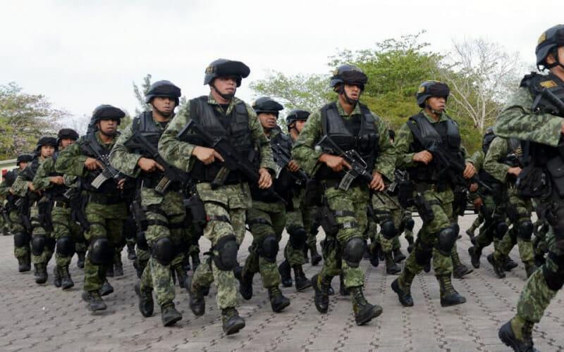 LAS FUERZAS ARMADAS EN EL FUTURO INMEDIATO - JUAN IBARROLA